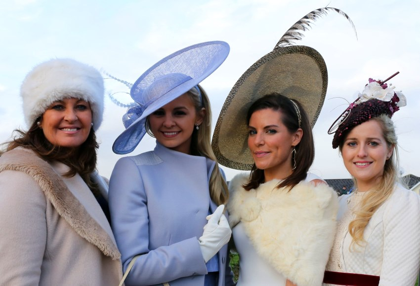 what to wear at a race meeting